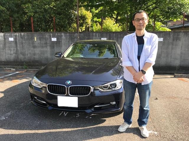 BMW320i.01